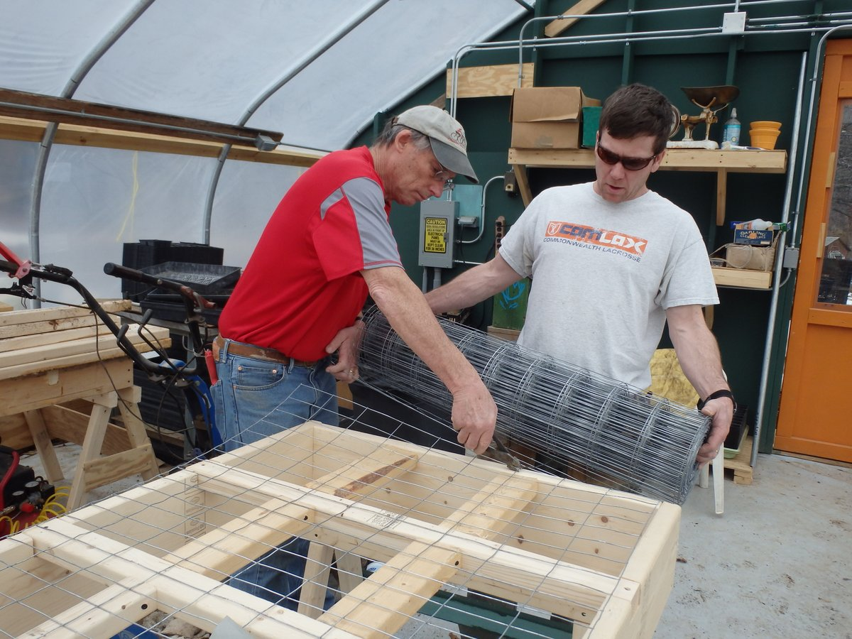 Building new greenhouse tables